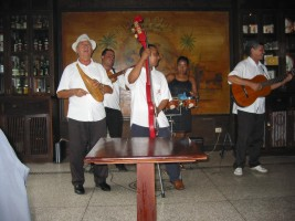 Musicans in old Havana